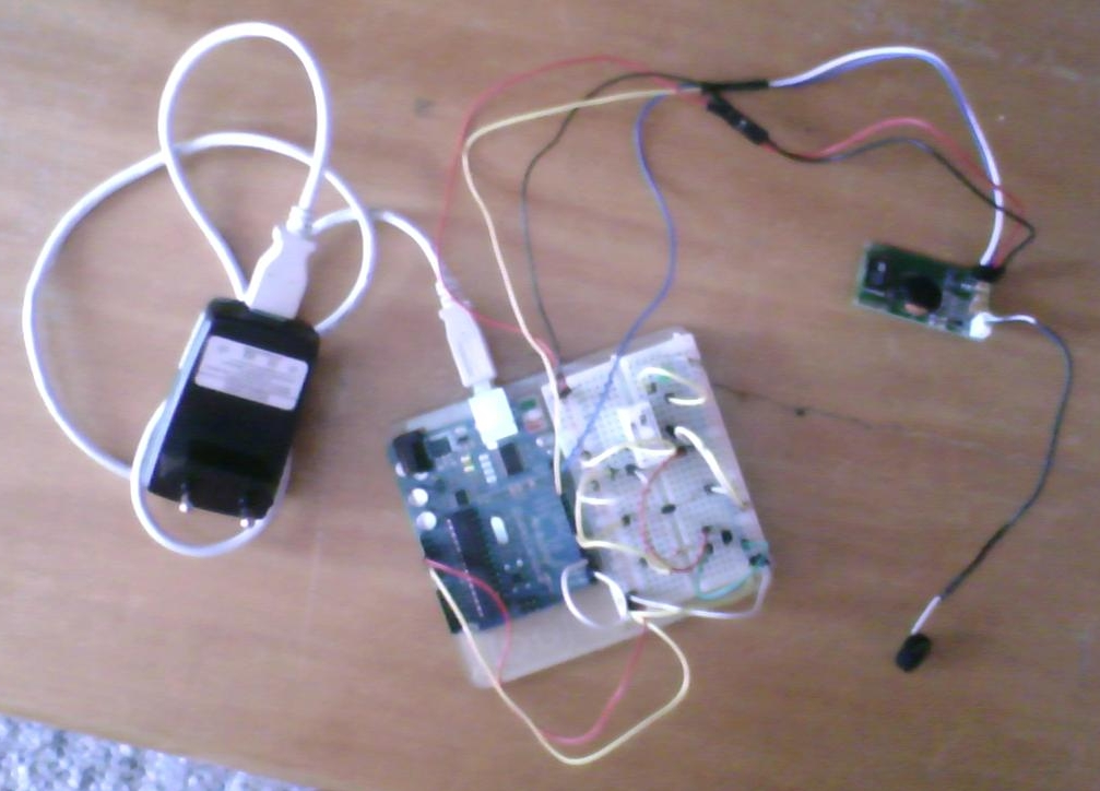Arduino: Device Control (open or close) via a relay and